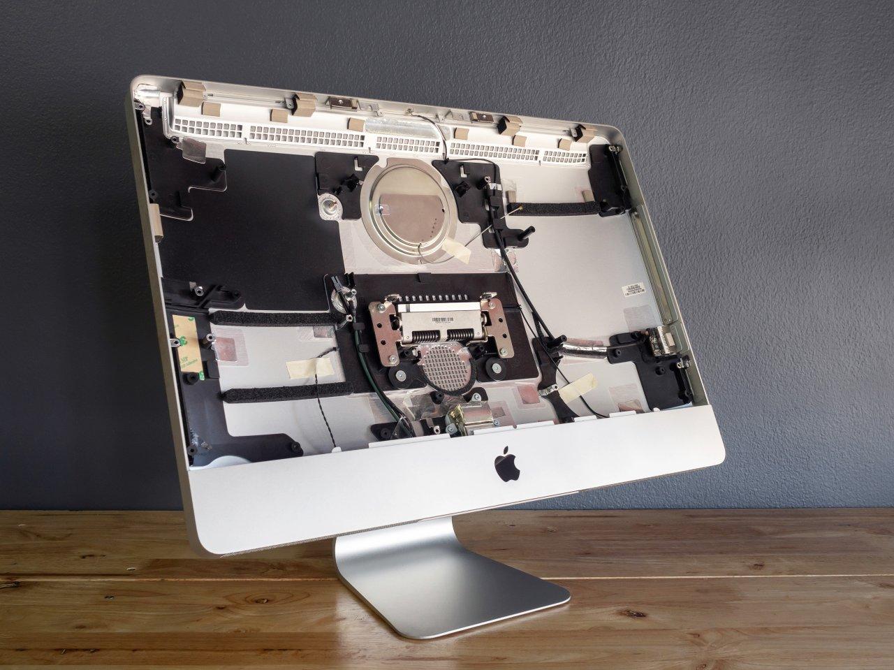 Computer oder Smartphones sind komplizierte technische Geräte. Die Reparatur eines iMacs etwa kann außerhalb der Apple-Garantie ganz schön teuer werden.