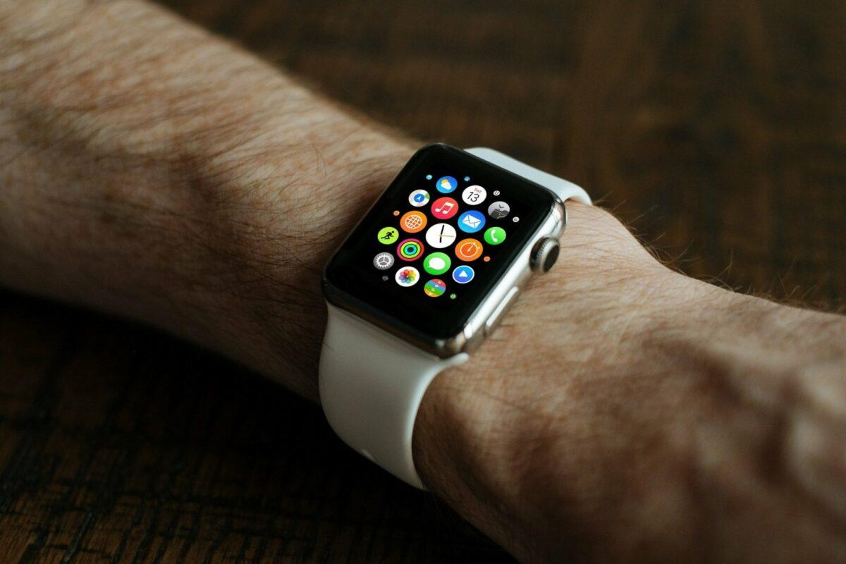 Apple Watch an einem Arm