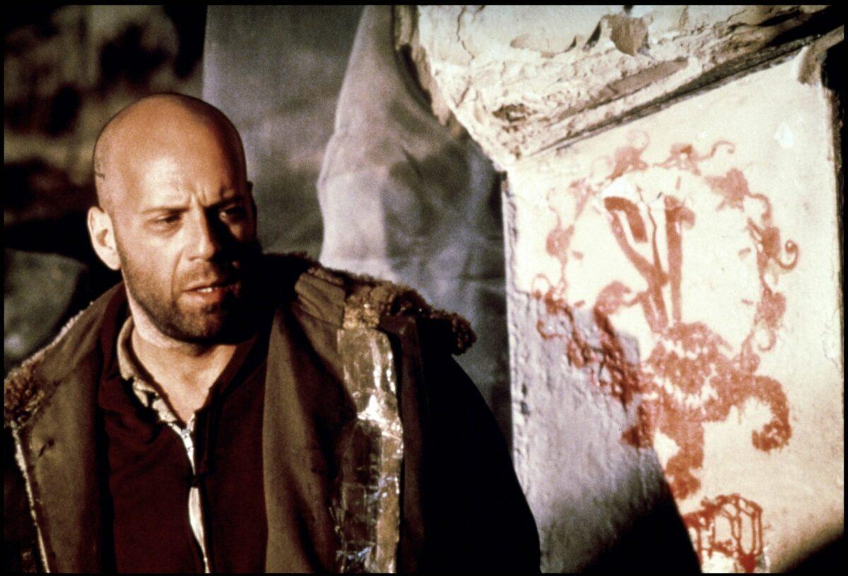 Bruce Willis in 12 Monkeys