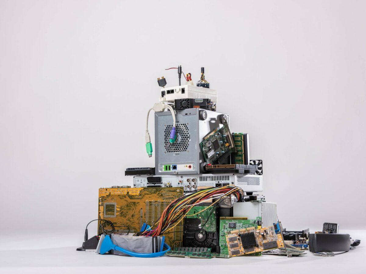 Diverser elektronischer Abfall.