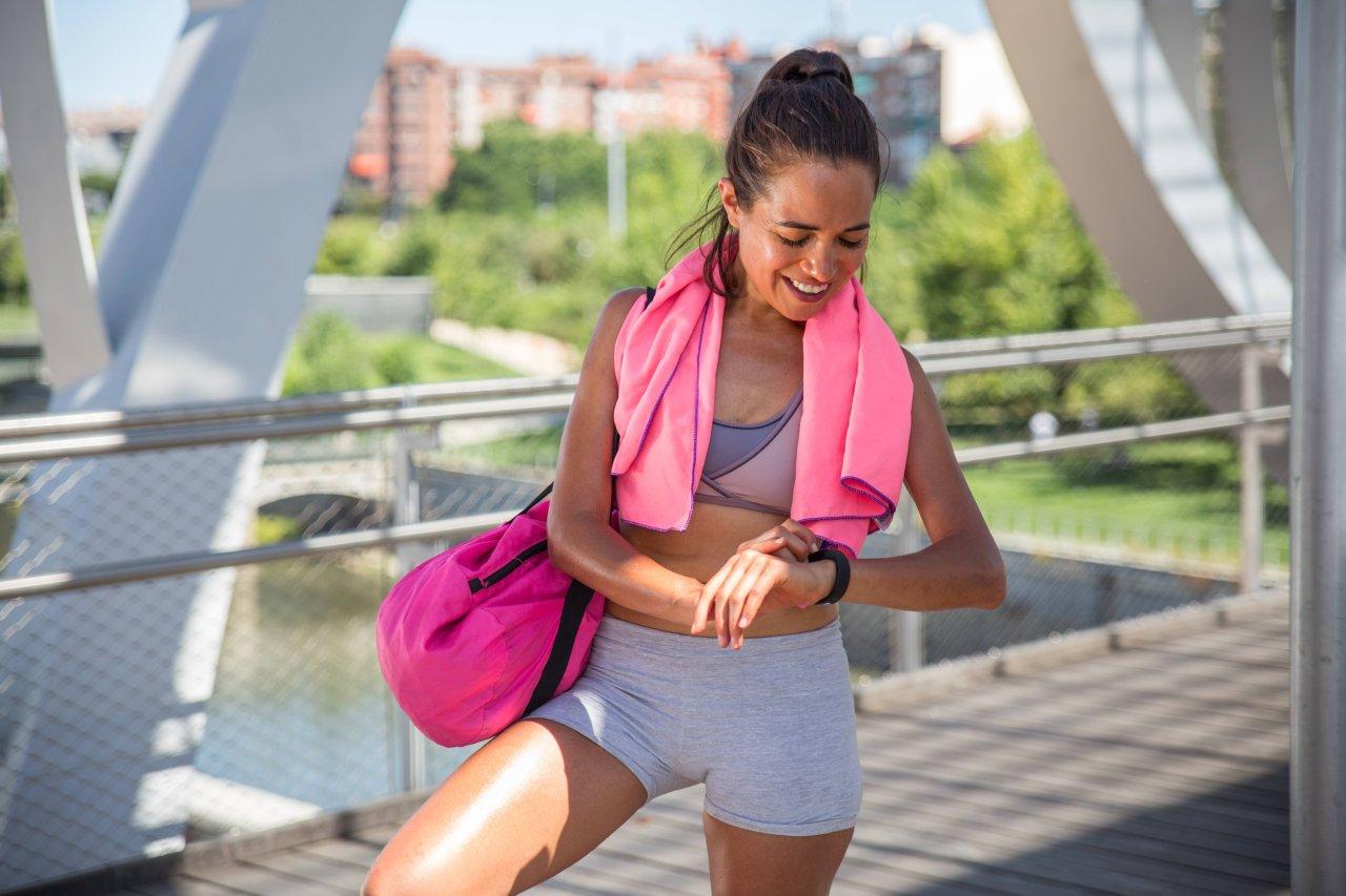 Der Samsung Galaxy Fit (e)-Fitnesstracker ist ein günstiges Einsteigermodell.
