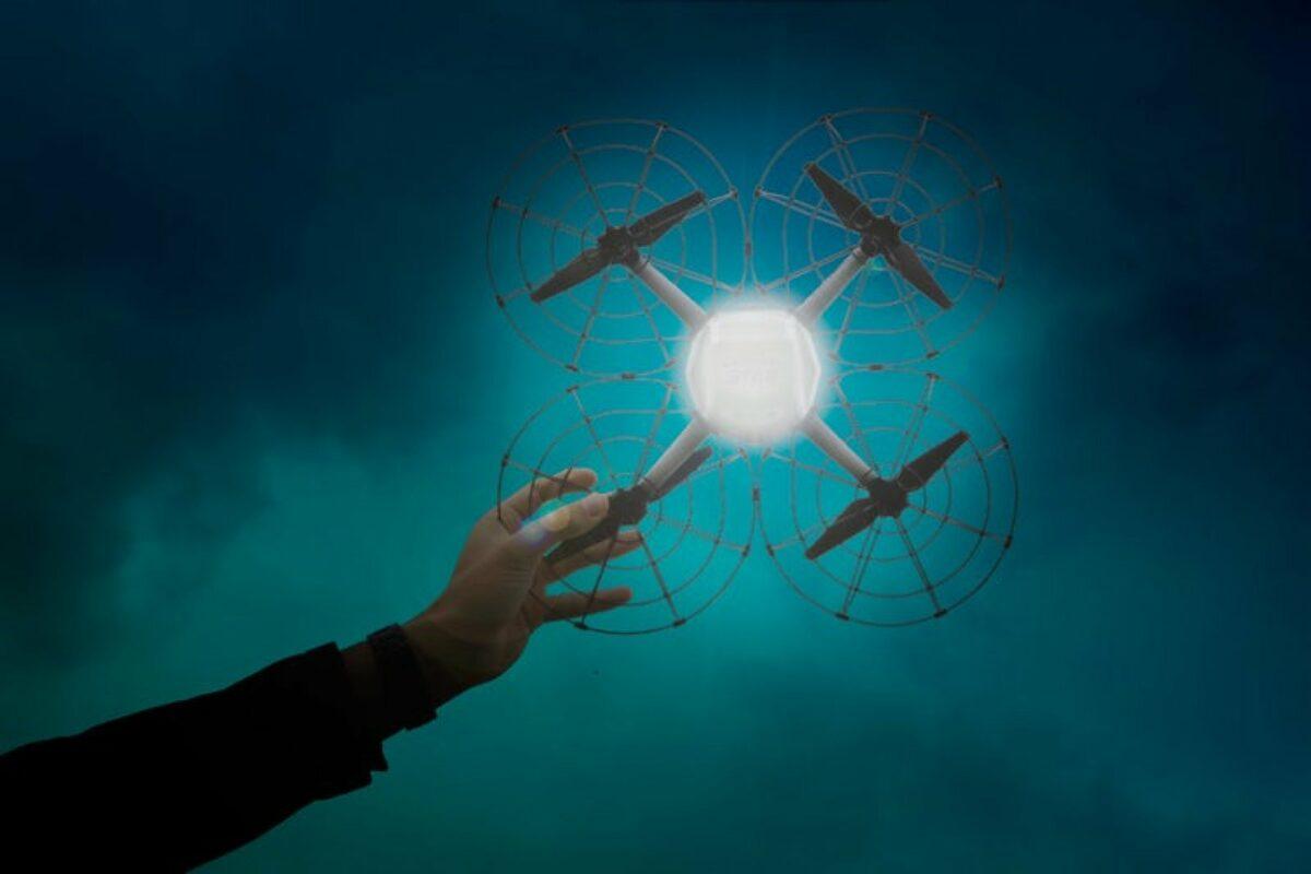"""Mit der """"Shooting Star""""-Drohne hat Intel bereits mehrere Lichtshows gemacht."""