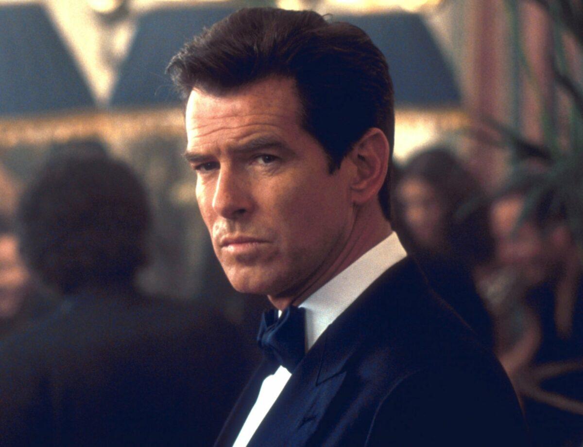 """Pierce Brosnan als James Bond in """"James Bond 007 – Die Welt ist nicht genug"""" (1999)"""