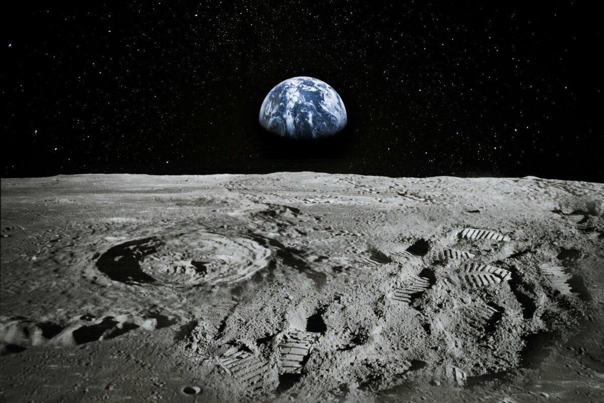 Mond mit Blick auf die Erde.