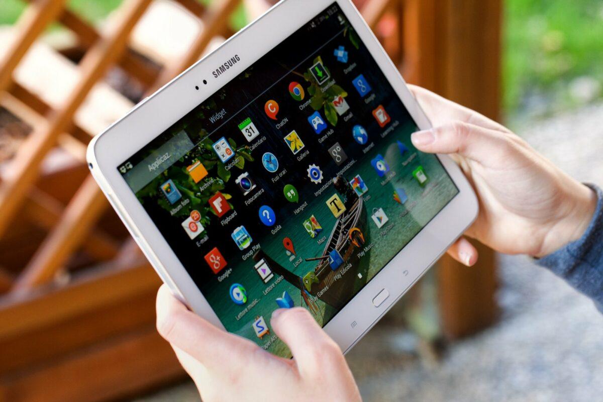 Samsung Tablet.