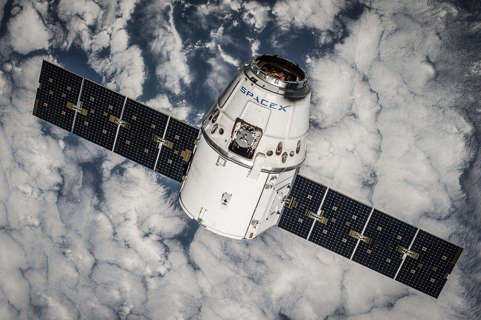 SpaceX arbeitet mittlerweile auch mit der NASA zusammen.