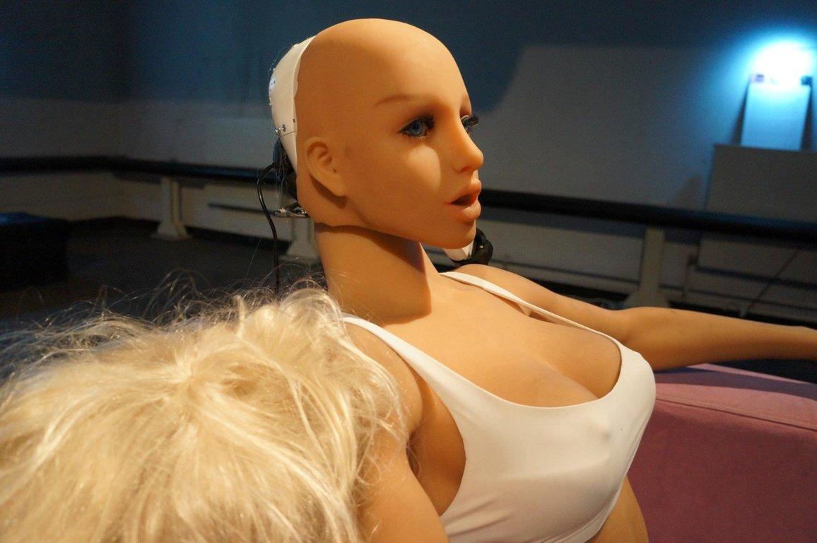 Die Puppe war auf der Ausstellung ein voller Erfolg.