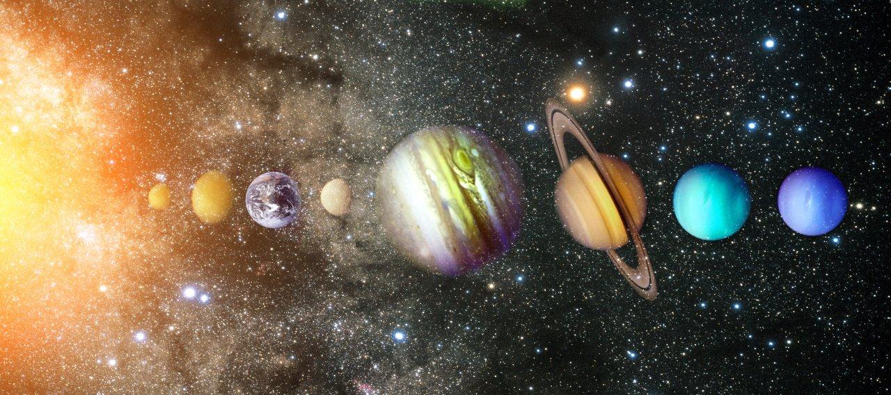 Acht Planeten gibt es im Sonnensystem. Aber welcher ist der Kleinste?