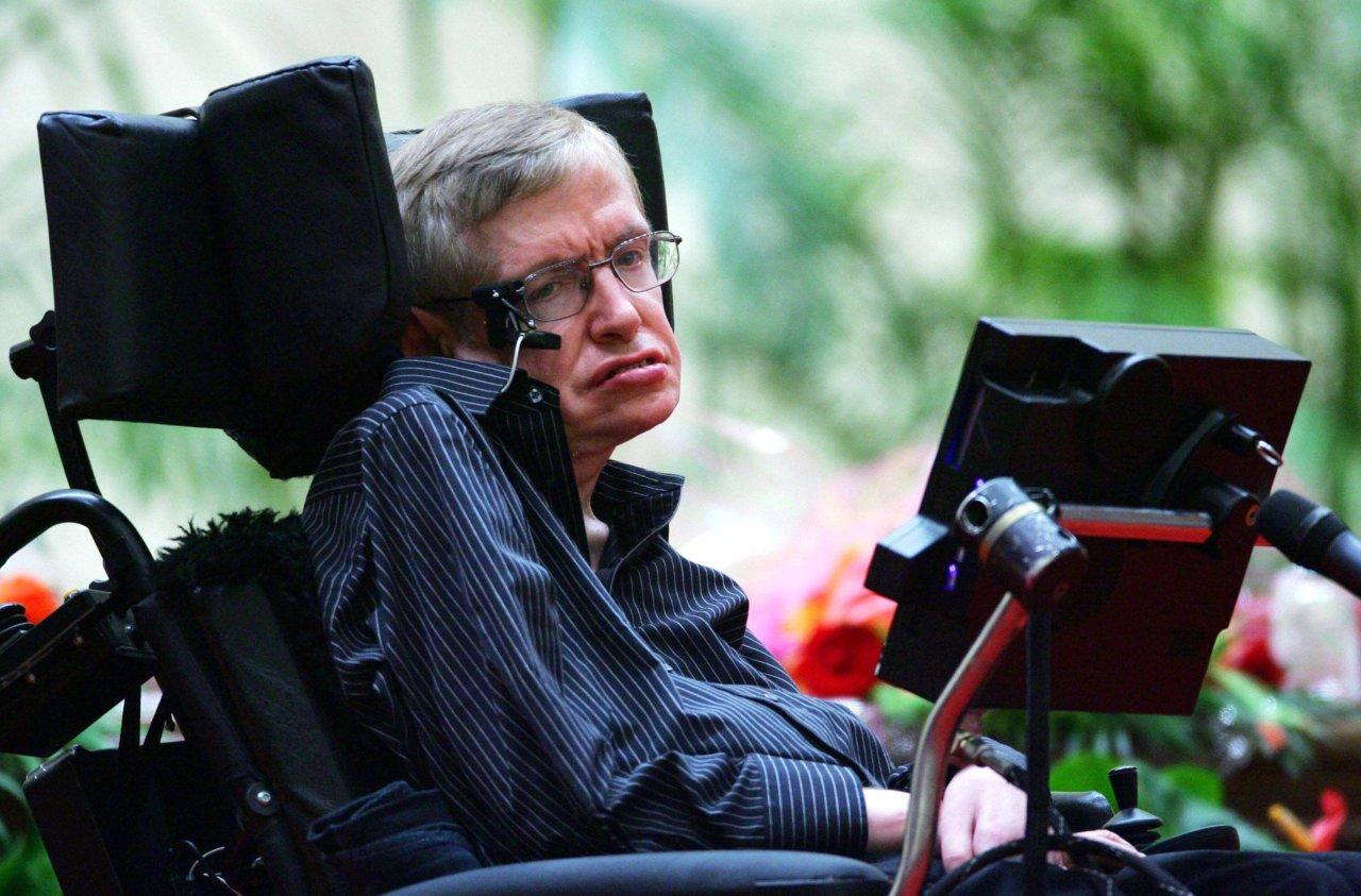Die Menschheit steht vor dem Ende: Doch Stephen Hawking hatte eine Lösung, um uns zu retten.
