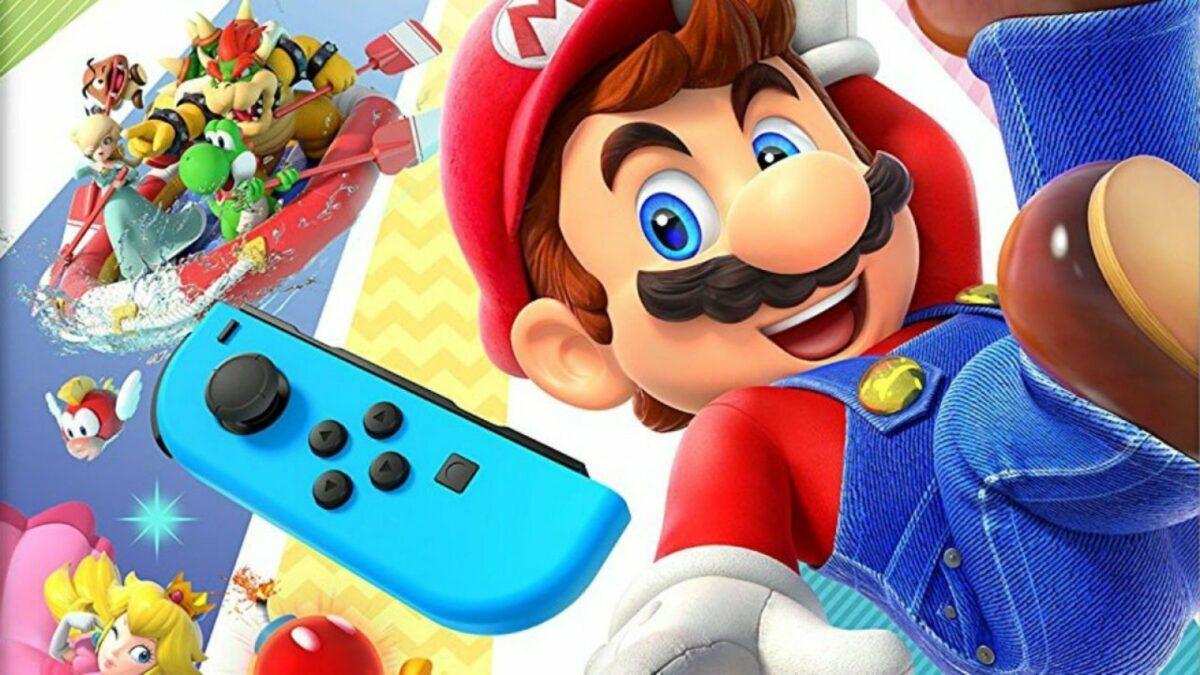 Mario und weitere Super Mario-Charaktere mit einem Nintendo Switch-Controller