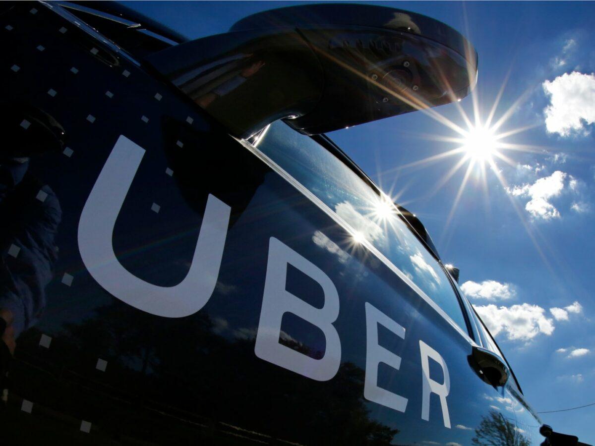 Ein Uber-Auto