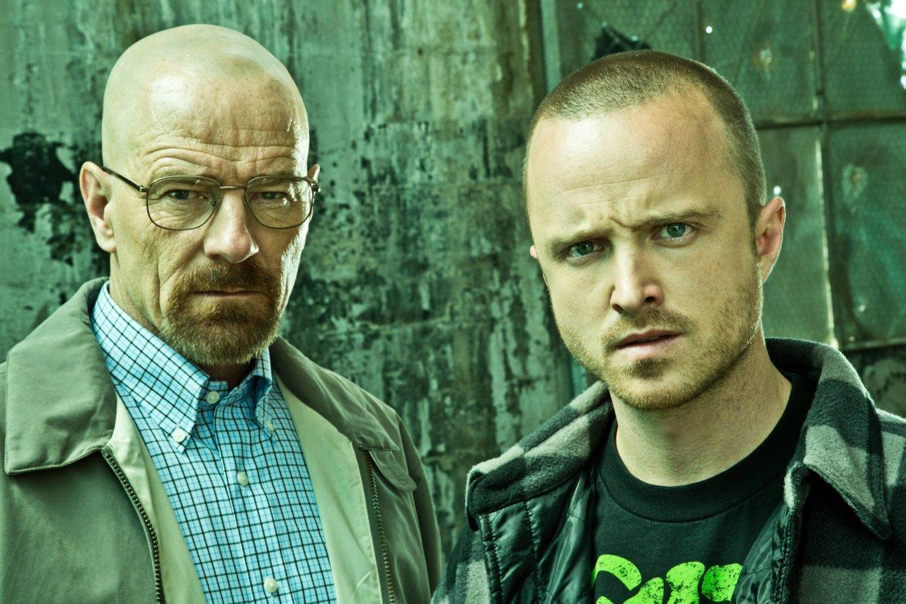 """Aaron Paul (rechts) in seiner Paraderolle als Jesse Pinkman in """"Breaking Bad"""". Er wird """"Westworld"""" Staffel 3 in einer neuen Rolle bereichern."""