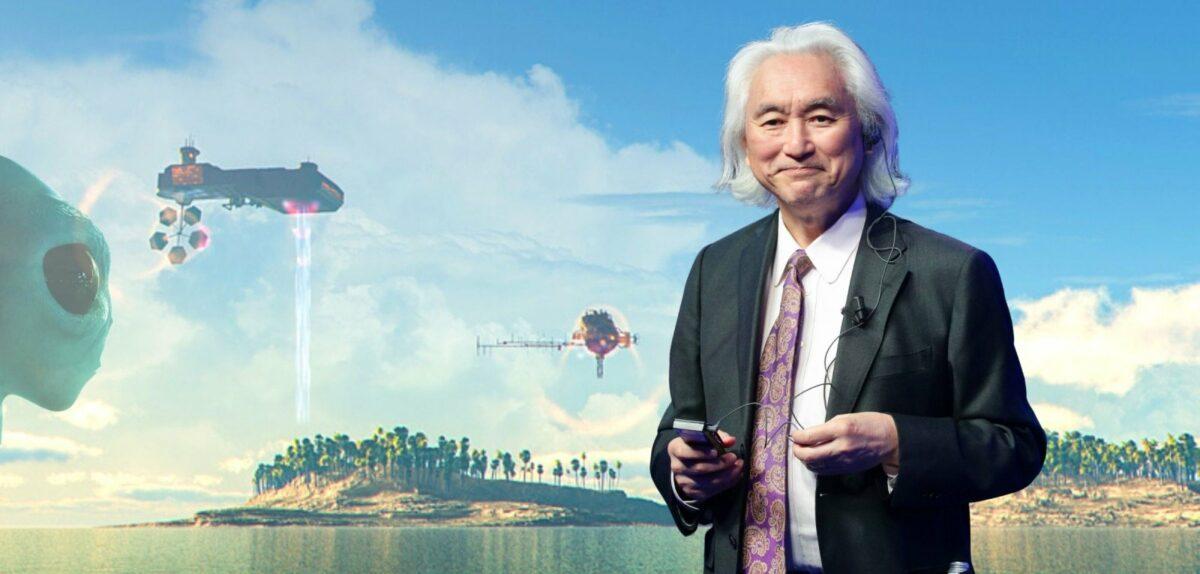 Michio Kaku vor einem illustierten Bild mit der Vorstellung von außerirdischem Lebem im All.
