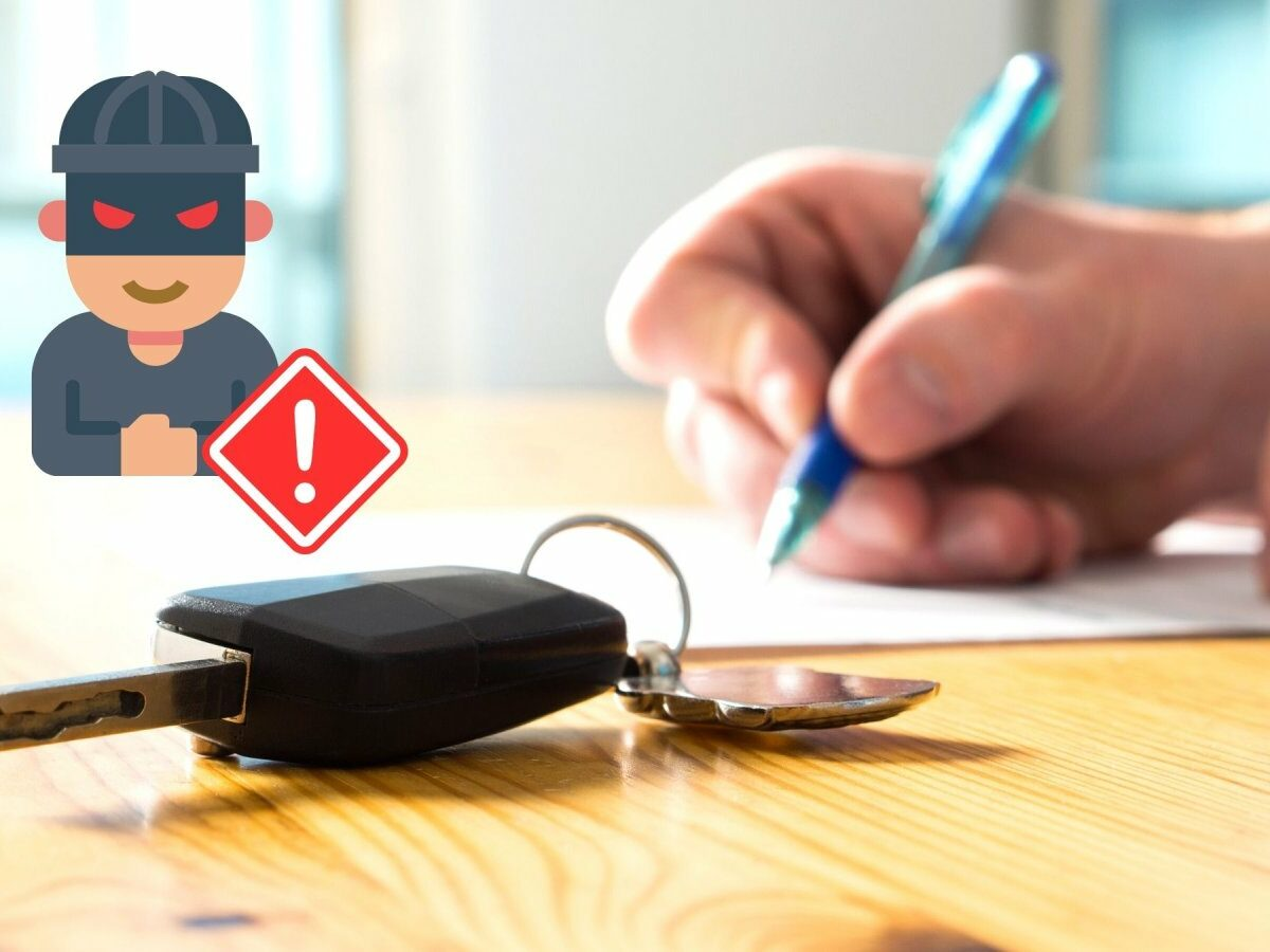 Käufer unterschreibt Vertrag für Auto