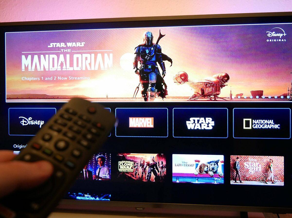 Disney Plus-Oberfläche auf den TV.