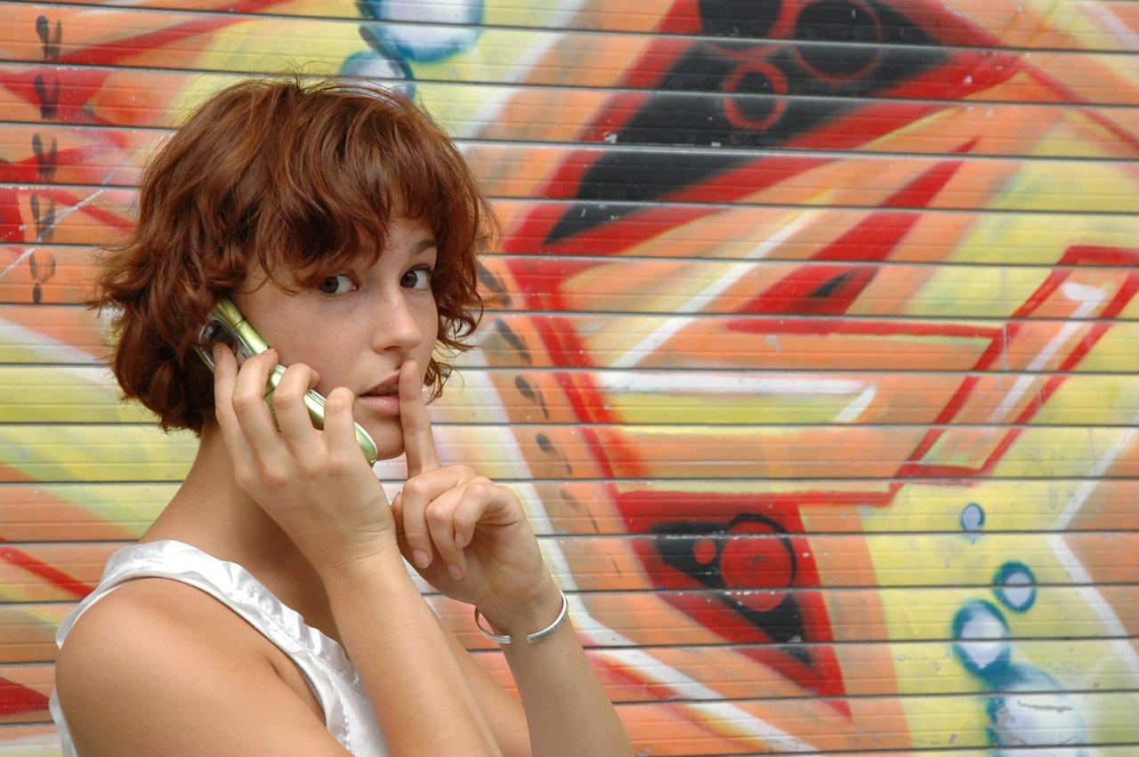 Deine Nummer zu unterdrücken, egal ob Samsung-, Android-Gerät oder iPhone, hilft dir, anonym zu telefonieren, wenn es darauf ankommt.