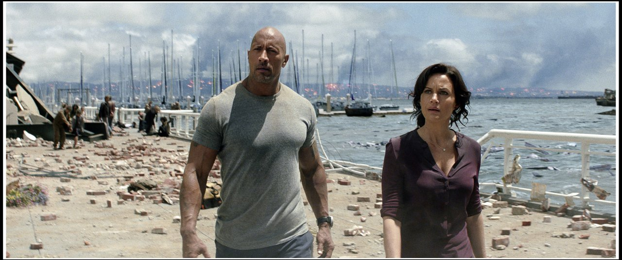 """""""San Andreas"""" mit Dwayne Johnson gehört ebenfalls auf unsere Liste der besten Katastrophenfilme bei Netflix."""