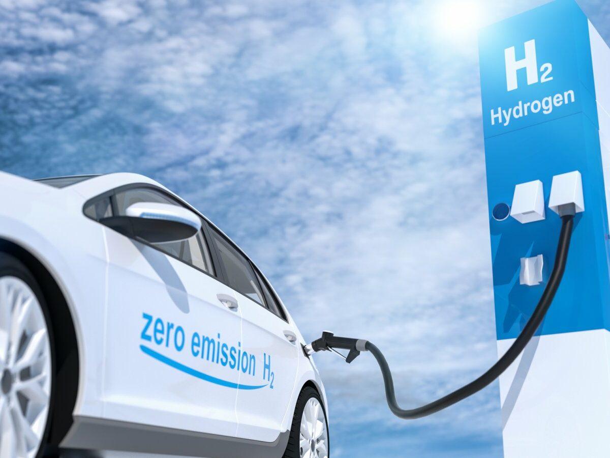 Wasserstoffauto wird getankt