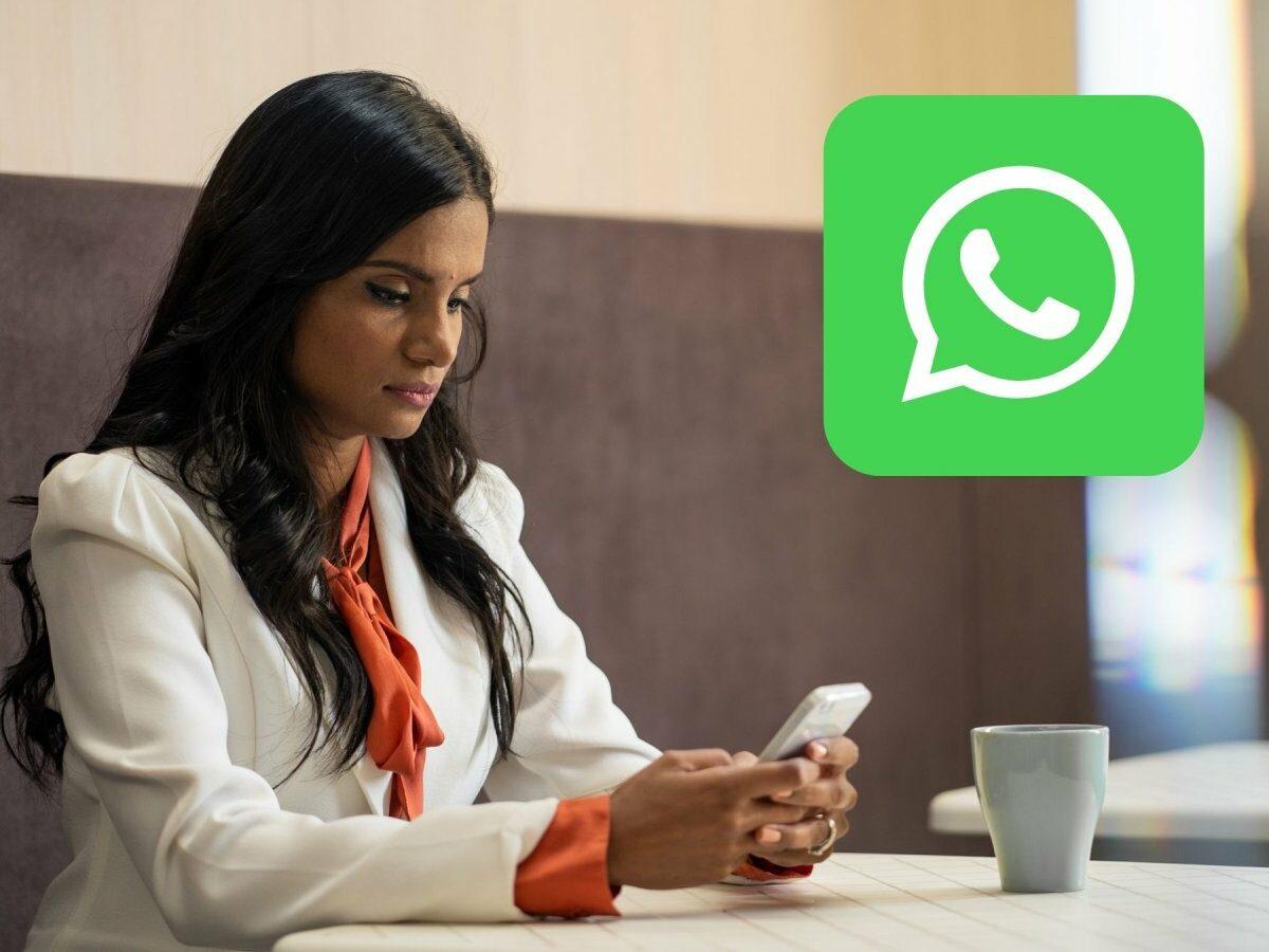 frau am handy whatsapp logo