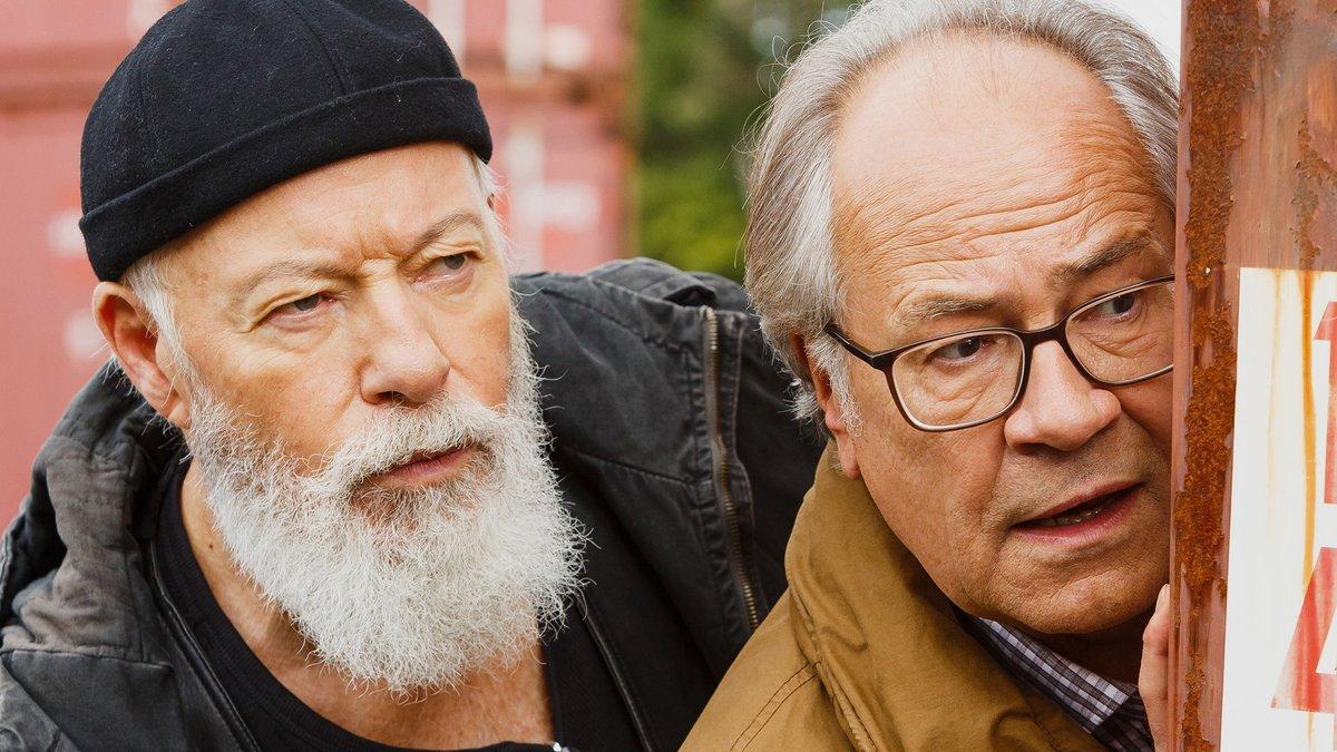 """Bill Mockridge und Hartmut Volle (re.) sind die neuen """"Rentnercops"""".. © ARD/Kai Schulz"""